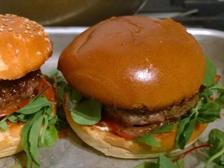 artisan burgers & more
